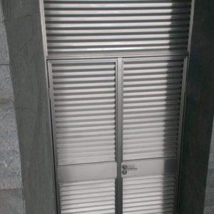 Изготовление дверей из нержавеющей стали